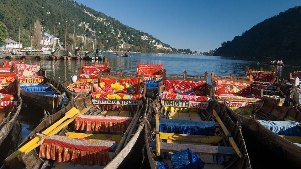 Nanital tours and travels